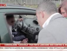 Consigliere comunali di Castel Volturno si fingono prostitute contro il degrado. Ai clienti adescati il sindaco consegna il vademecum per una corretta differenziata